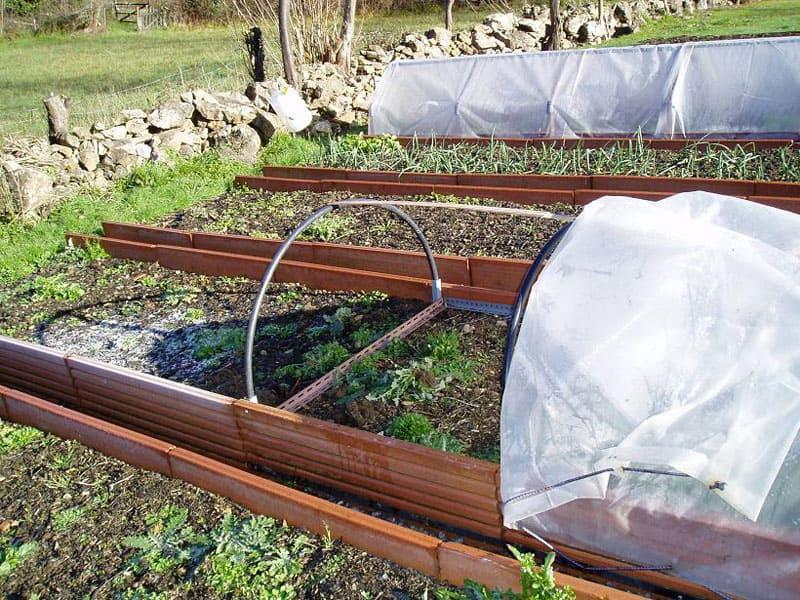 Cubrir los cultivos para protegerlos. Especialmente, en exteriores.